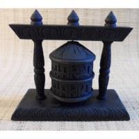 Moulin à prières en bois