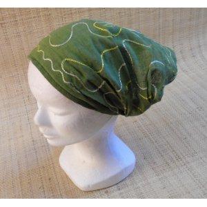 Fichu vert  brodé fleur