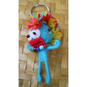 Porte clés Iroko l'iroquois bleu