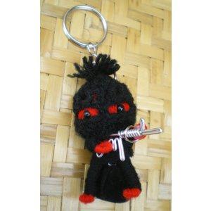Porte clés poupée la terreur