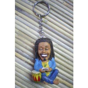 Porte clés le joueur de djembé
