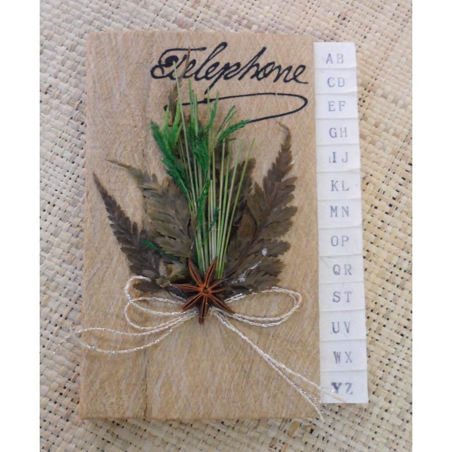 Petit carnet téléphonique fleurs séchées