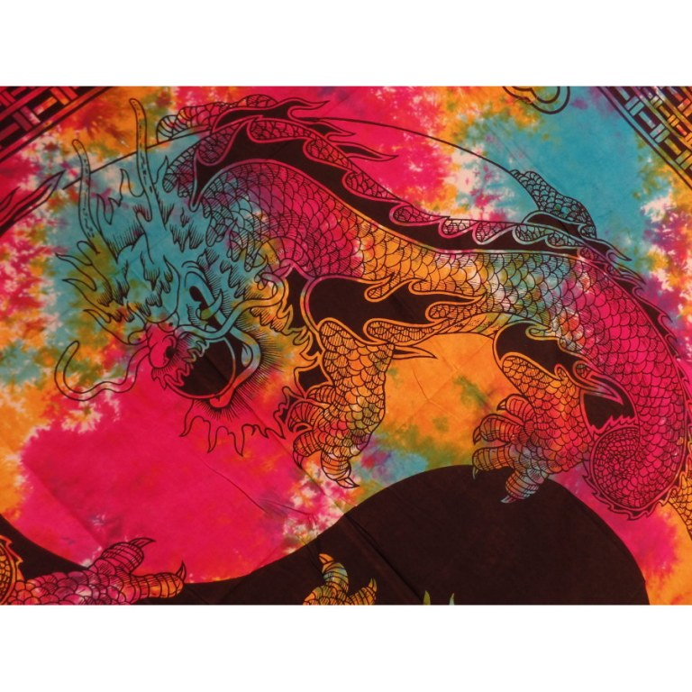 Tenture multicolore dragons yin yang