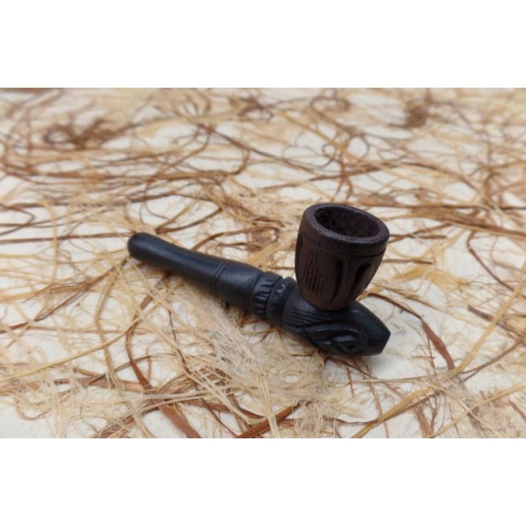 Pipe sculptée en bois