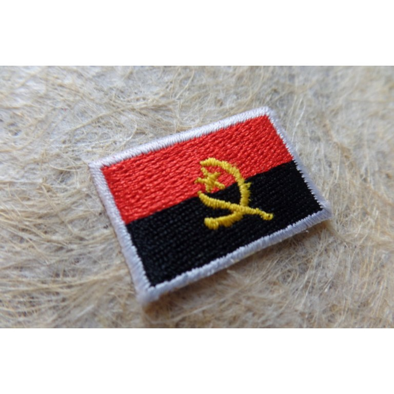 Mini écusson drapeau Angola