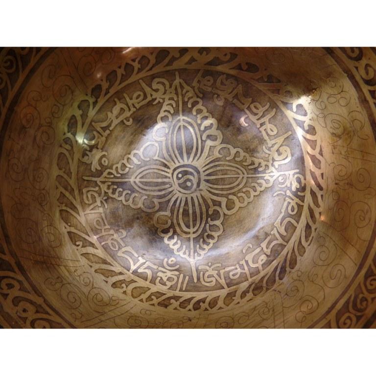 Bol tibétain gravé Aum/yin yang