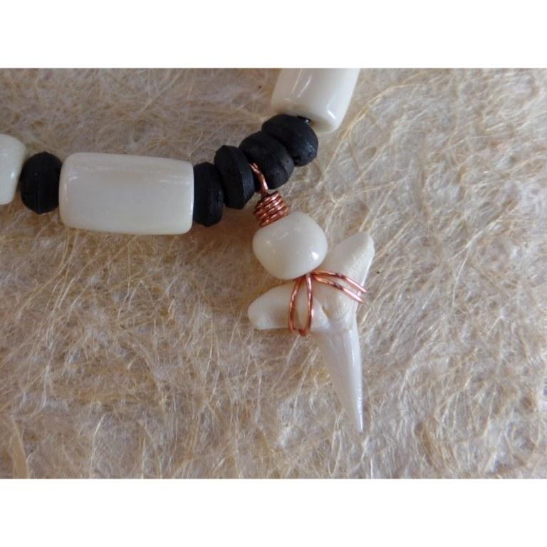 Collier Maraa dent de requin blanc 7