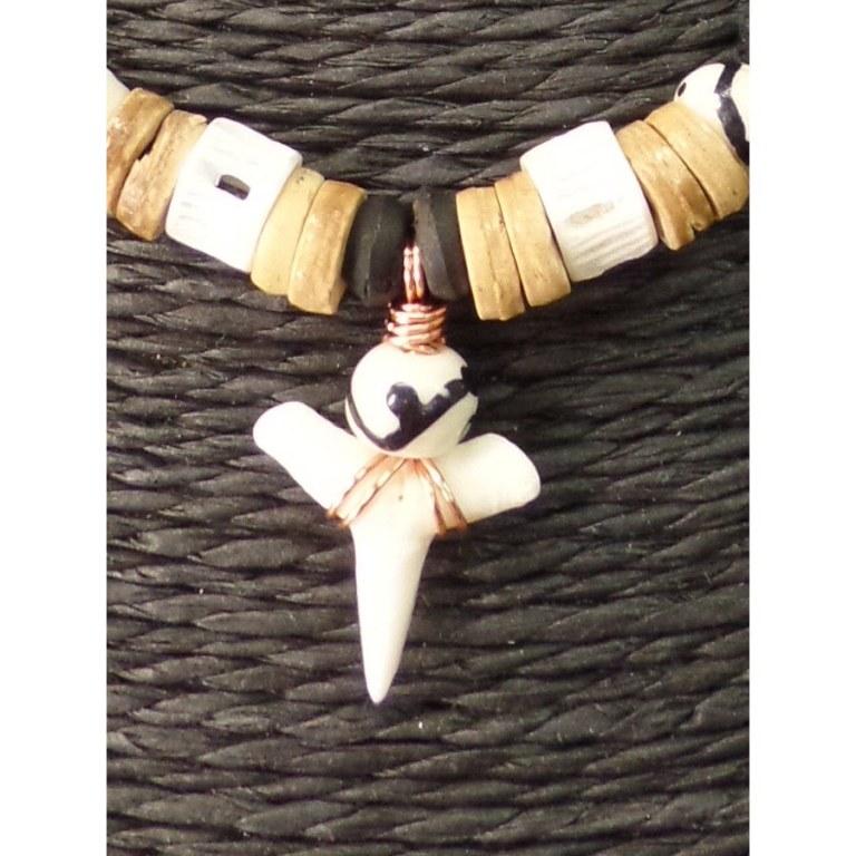 Collier Maraa dent de requin blanc 10