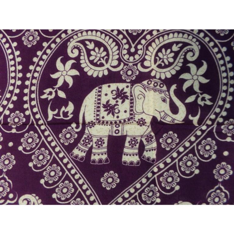 Petite tenture mauve éléphants coeur
