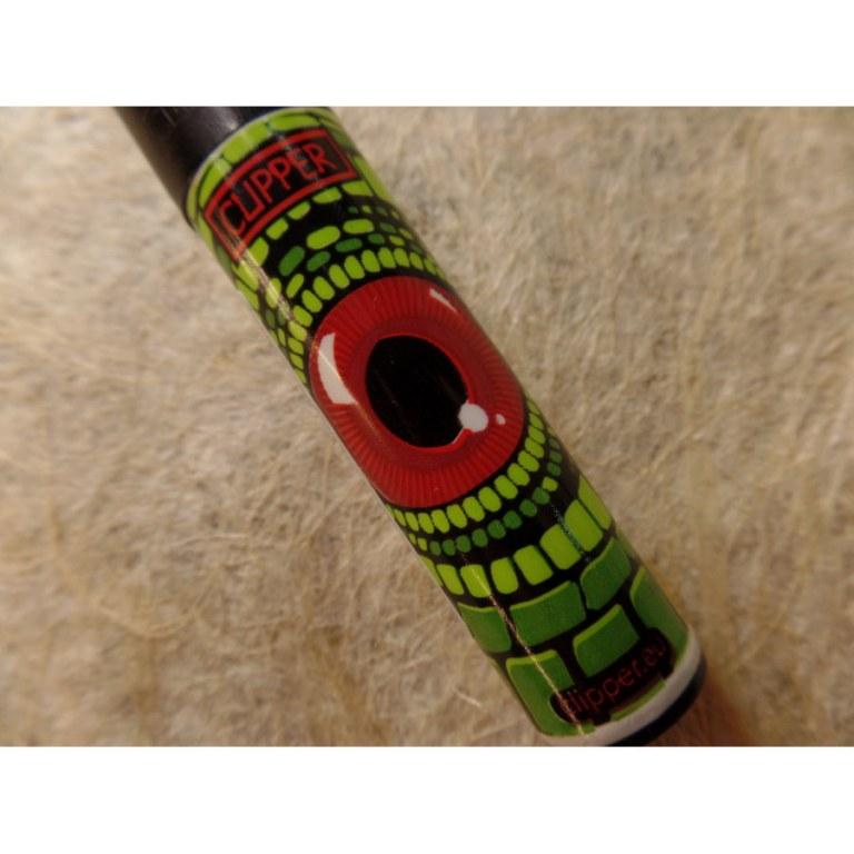 Briquet oeil de reptile rouge