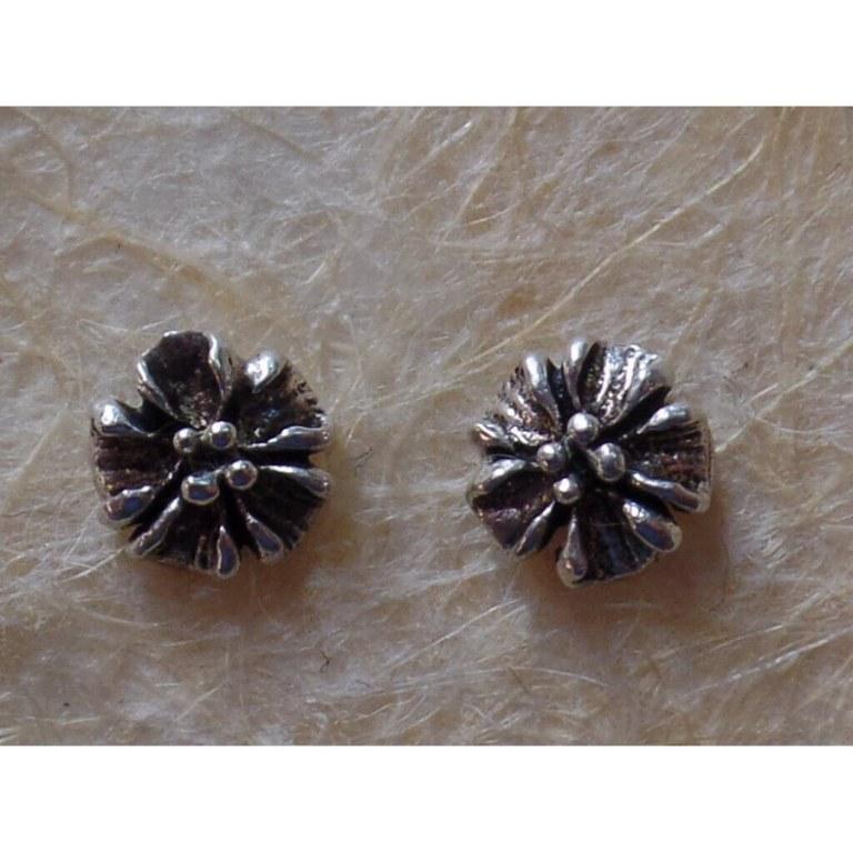Clous d'oreilles bouton floral