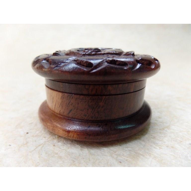 Grinder bois visage de Bouddha sculpté