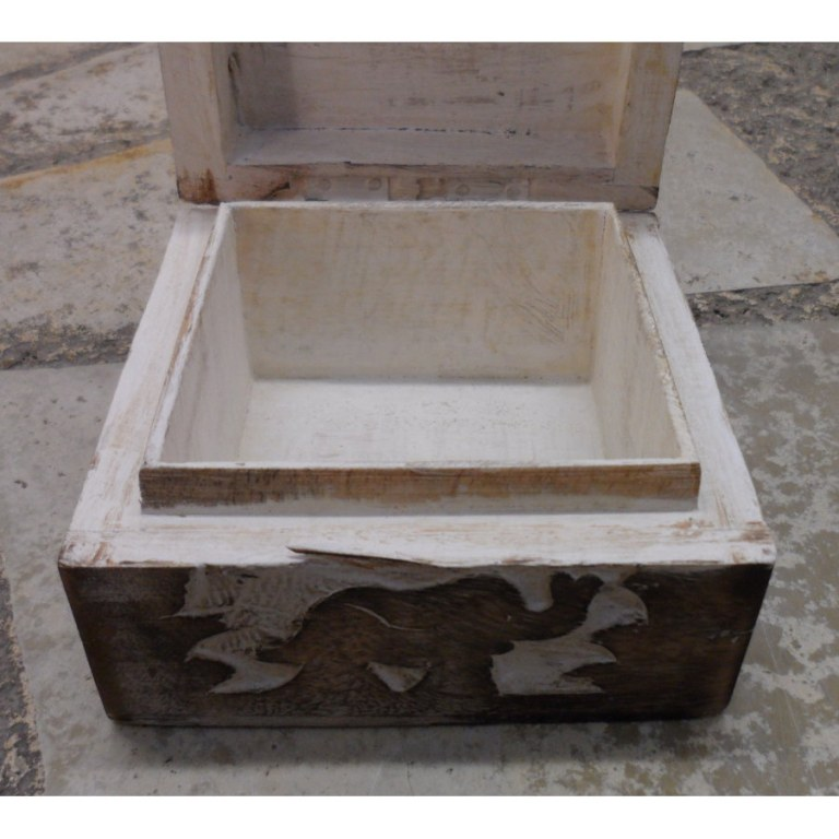 Boite carrée en bois éléphant