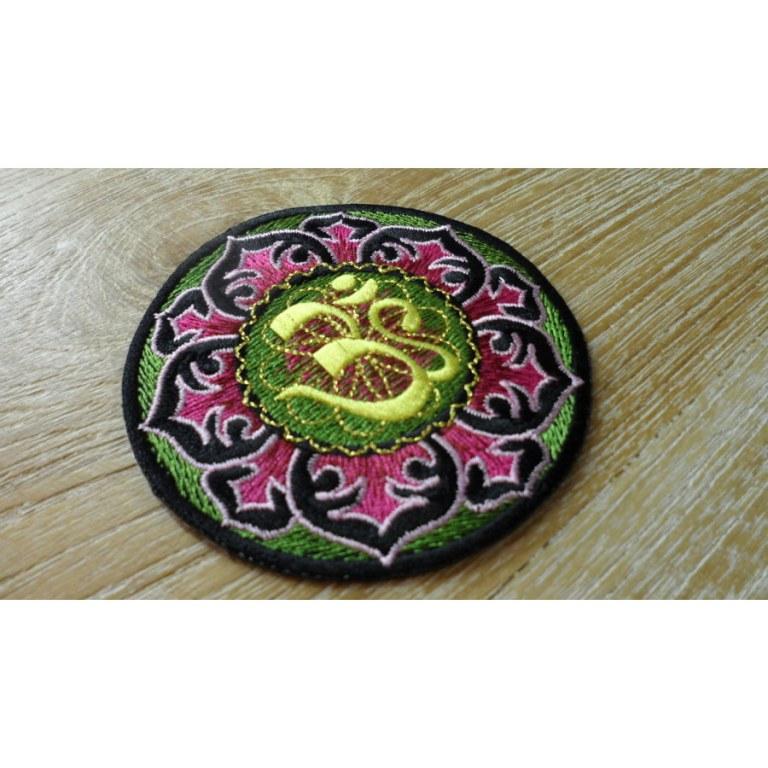 Ecusson vert Aum lotus