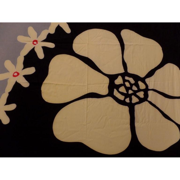 Petite tenture noire/grise les fleurs