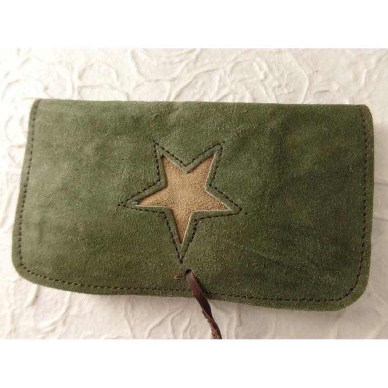 Blague à tabac verte étoile beige