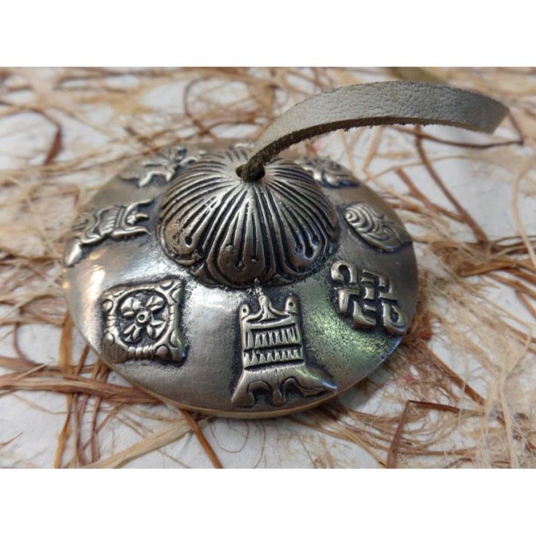 Tingsha gravées les 8 symboles auspicieux