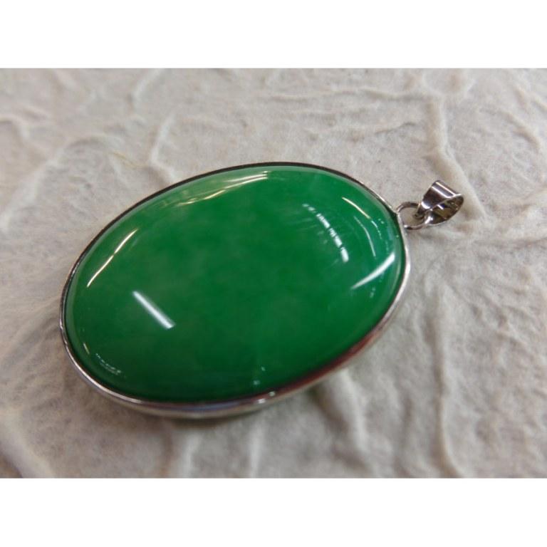 Cabochon jade vert vif