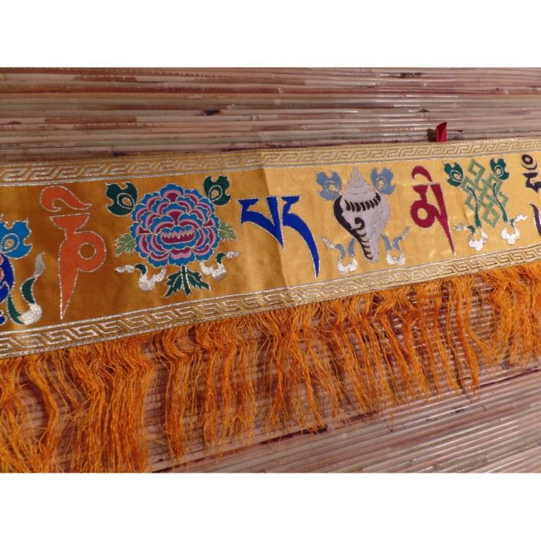 Broderie tibétaine jaune or Om mani tashi