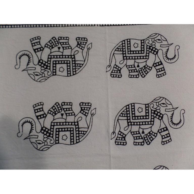 Tenture éléphants maharaja