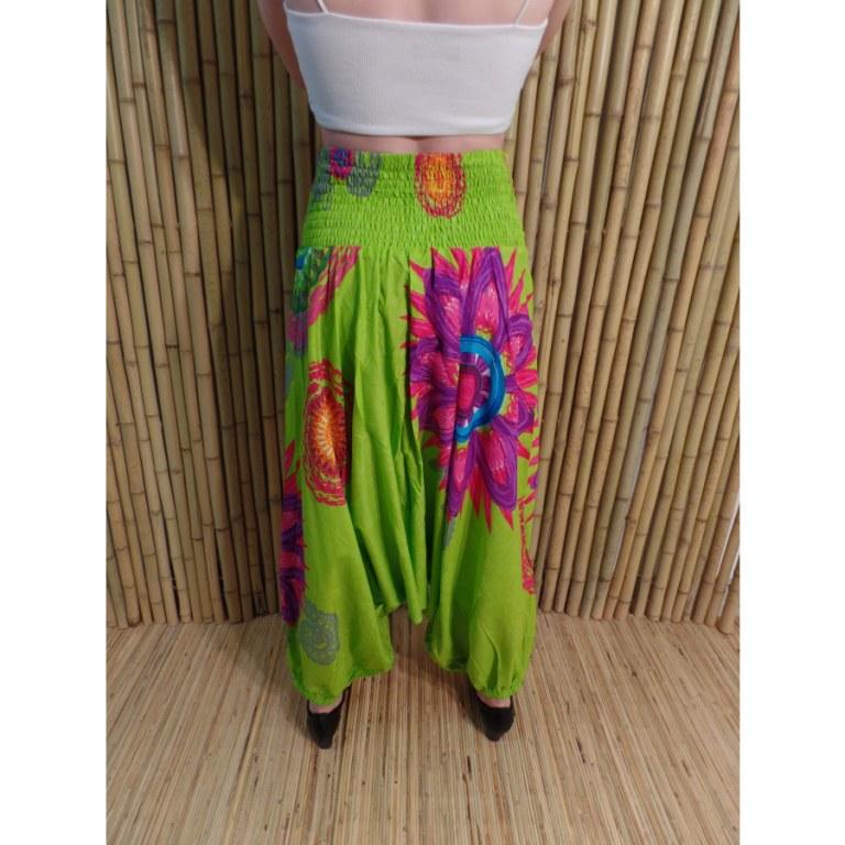Sarouel/tunique/tee shirt vert à fleurs