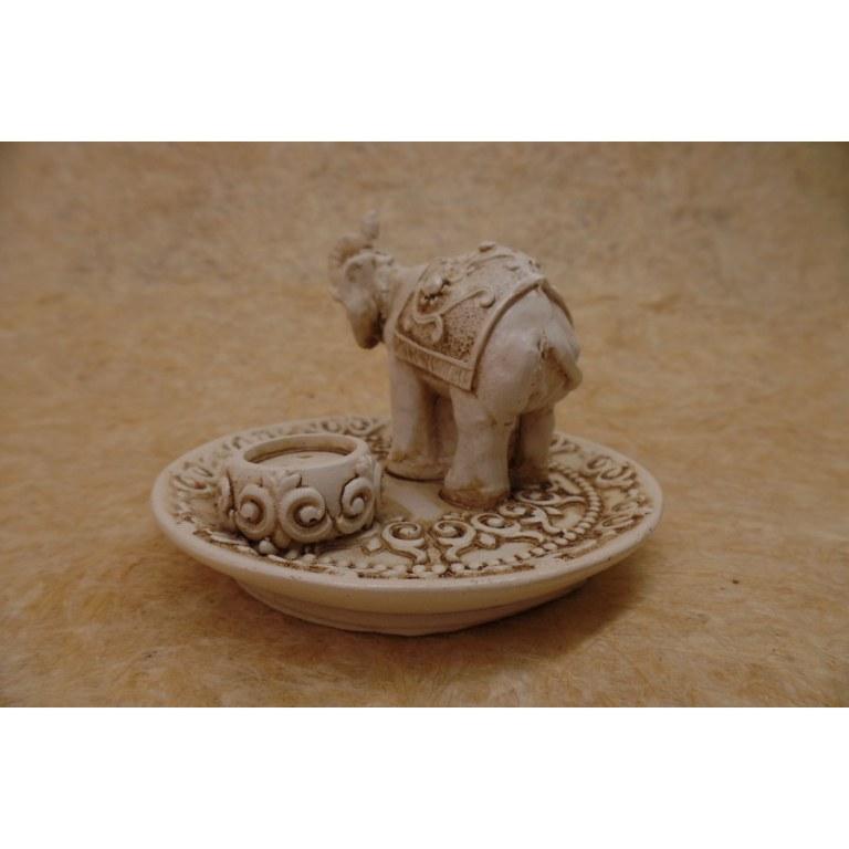 Porte encens blanc éléphant trompe en l'air