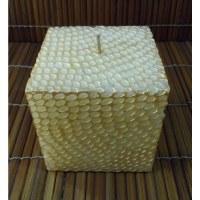 Bougie carrée nid d'abeille dorée