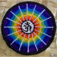 Patch arc en en ciel Aum