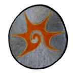 Ecusson tribal spirale gris