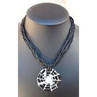 Collier Sainte Lucie perles noires