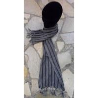Foulard rayé gris