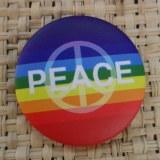 Badge arc en ciel peace & love