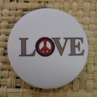 Badge  love & peace