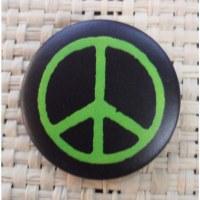 Badge peace & love noir et vert