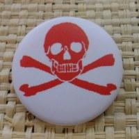Badge tête de mort  rouge