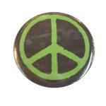 Badge Peace and Love Noir et vert