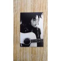 Aimant noir et blanc Bob Marley