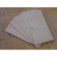Papier à lettre et 5 enveloppes longues écru