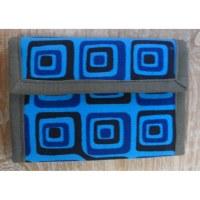 Portefeuille bleu carrés
