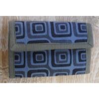 Portefeuille gris carrés