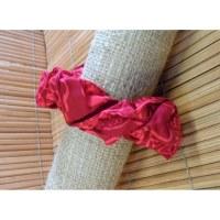 Chouchou fantaisie à fleurs rouges