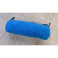 Trousse bleue motifs  spires