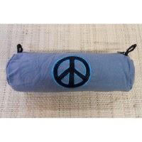 Trousse broderie peace & love