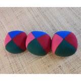 Lot de 3 balles de jonglage 4 couleurs