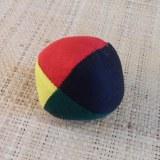 Balle de jonglage couleur rasta