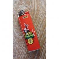 Briquet rouge rasta man