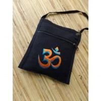 Sac passeport noir brodé Aum orange/bleu