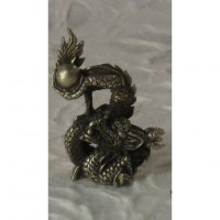 Miniature dragon de la chance gris