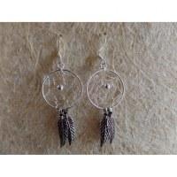 Petites boucles d'oreilles dreamcatcher perle grise