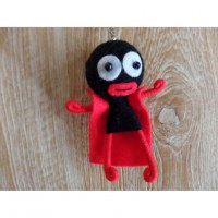 Porte clé cape man noir/rouge